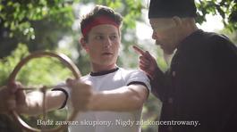 """Video: """"Chết cười"""" ông già Việt dạy Tây lái xe"""