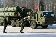Uy lực 'tối thượng' của siêu tổ hợp tên lửa S-400