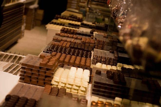 Đi du lịch châu Âu nên mua gì về làm quà?