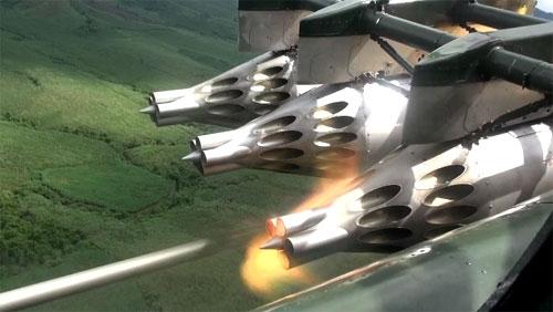 Xem Không quân VN bắn rốc két, diệt mục tiêu mặt đất
