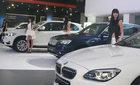 Ôtô sang tiền tỷ đổ bộ chào hàng dân giàu Hà Nội