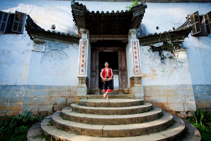 Nguyên Khang đi phượt Hà Giang làm thiện nguyện