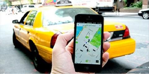 Nghịch lý đi máy bay rẻ hơn taxi