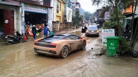 'Méo mặt' vì chơi xe sang, siêu xe ở Việt Nam