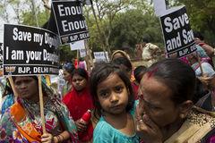 Ấn Độ rúng động vụ bé gái 4 tuổi bị hiếp dâm