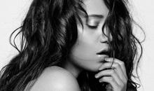 Lộ ảnh nóng của Hoa hậu Cuba không mặc nội y