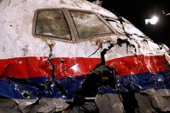 Thi thể cơ trưởng MH17 có dấu hiệu bị tác động?