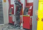Dùng bom phá máy ATM để cướp tiền