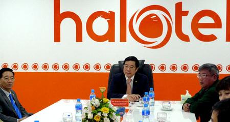 Bộ trưởng TT&TT dự khai trương mạng Halotel ở châu Phi