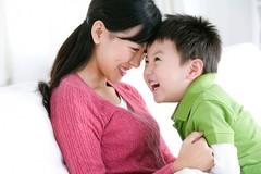 """Đừng chỉ """"bụ bẫm"""", """"thông minh"""", hãy nuôi dạy một đứa con hạnh phúc"""