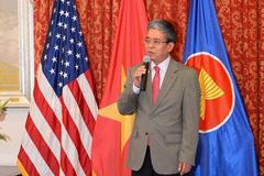 Vị Đại sứ VN tại Mỹ thích vang nho California