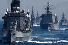 """Nhật """"khoe"""" hạm đội, tập trận rầm rập ở Thái Bình Dương"""