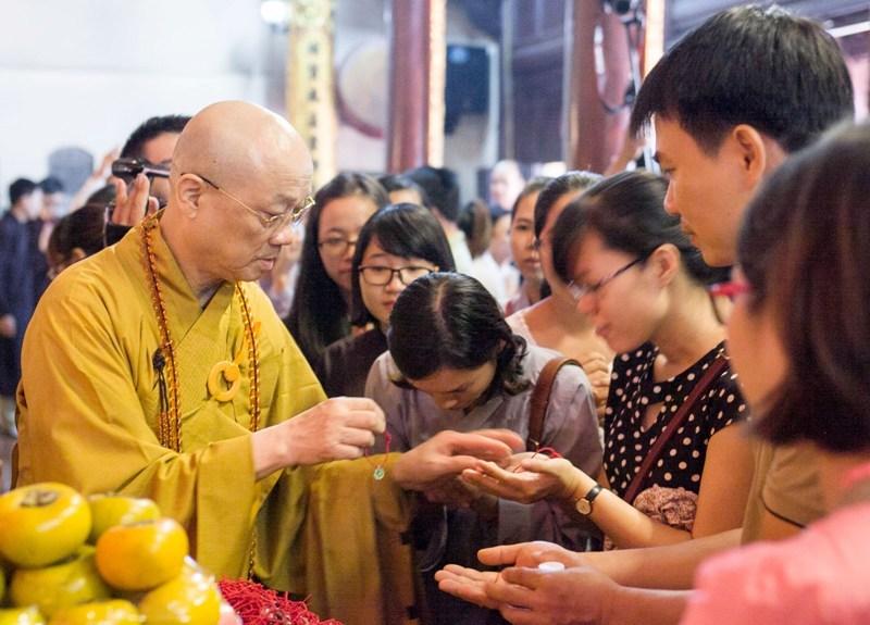 Phật giáo; thai giáo; mang thai; ốm nghén; chùa Trấn Quốc