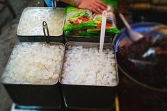 Ghé chợ Châu Đốc thưởng thức thốt nốt An Giang
