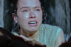 Diễn viên bật khóc khi xem trailer 'Star Wars 7'