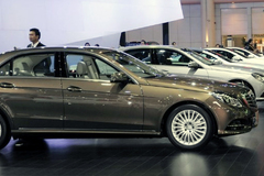 Ôtô giảm giá hơn 40%: Chờ vài năm nữa thôi
