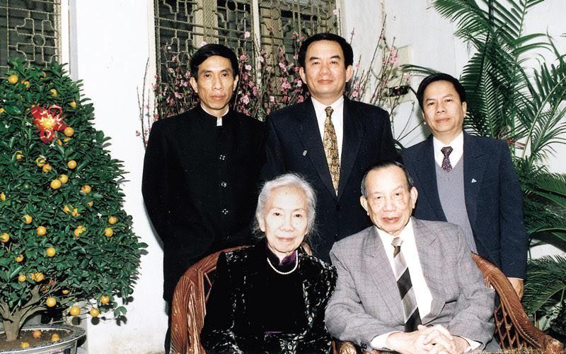 Từ Đễ, phi đội Quyết Thắng, Mười Thìn, Nguyễn Thành Trung, Từ Giấy