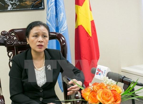LHQ, kinh tế, Nguyễn Phương Nga