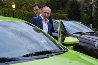Putin lái xế hộp Lada 160 triệu