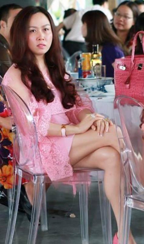 Gu thời trang khác lạ của 'bạn gái tin đồn' Quách Ngọc Ngoan