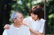 Nhiều cách chống loét cho người bệnh nằm lâu