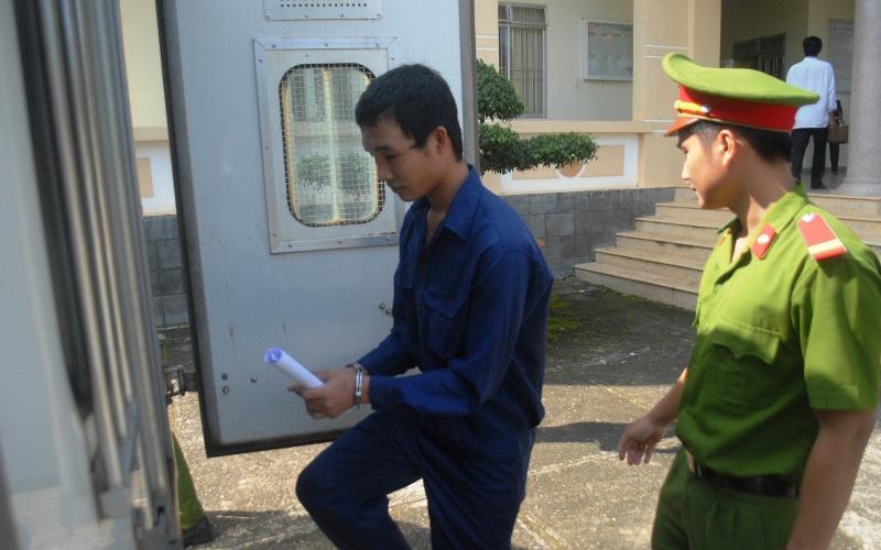Trả hồ sơ, giám định tâm thần với Hào Anh