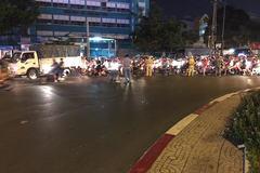 2 cô gái đâm chết người đàn ông giữa trung tâm Sài Gòn