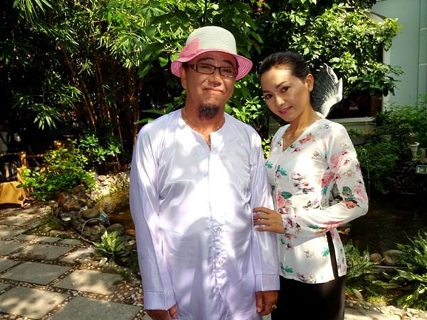 danh hài, Hồng Tơ, đánh bạc, 550 cây vàng, vợ, kém 23 tuổi