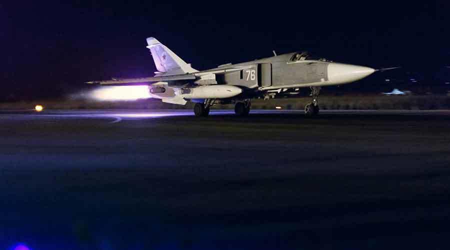Hình ảnh chiến cơ Nga xuất kích vào ban đêm