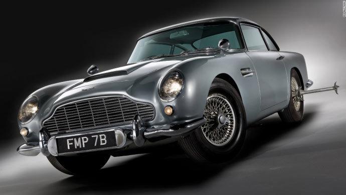 Dàn siêu xe 'hàng thửa' của Điệp viên 007