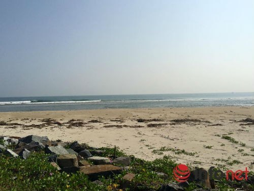 Resort trăm tỷ hoang lạnh trên bờ biển