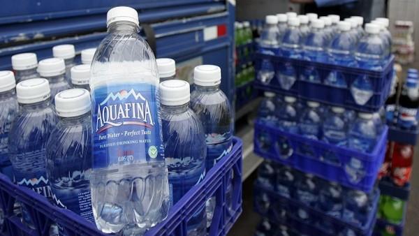 Aquafina chỉ là nước lã đóng chai
