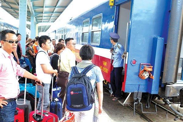 Du lịch tàu hỏa: Hành trình mới trên cung đường cũ