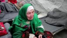 """Hành trình """"kiệt quệ"""" tới châu Âu của cụ bà hơn trăm tuổi"""