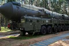 Xem Nga phóng tên lửa đạn đạo xuyên lục địa