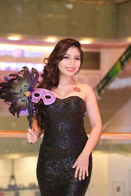 Á khôi điện ảnh Việt phải chuyển nghề mát xa
