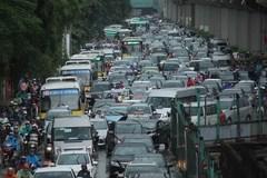 Giá rẻ, ôtô nhiều: Hết đường để đi