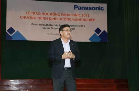 240 triệu đồng học bổng Panasonic cho sinh viên nghèo