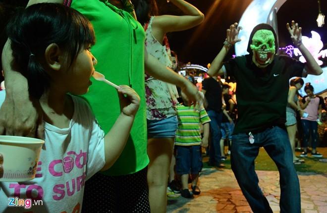 Sài Gòn, Hà Nội ngập cảnh kinh dị đêm Halloween