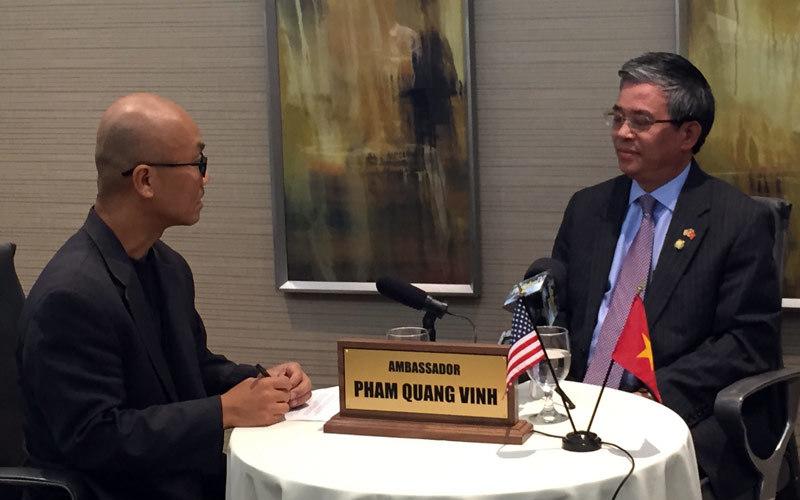 Visa và thông điệp đặc biệt đón Đại sứ VN ở Cali