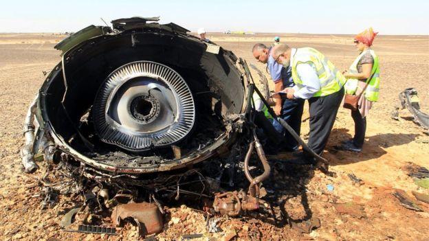 Thi thể nạn nhân máy bay được đưa về Nga