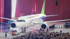 Cận cảnh máy bay Trung Quốc tự chế