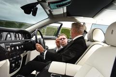 Điều bí ẩn về các tài xế siêu xe của đại gia