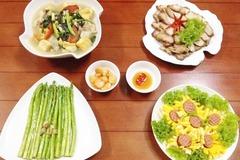 Bữa ăn chiều đủ chất cho cả nhà đều mê