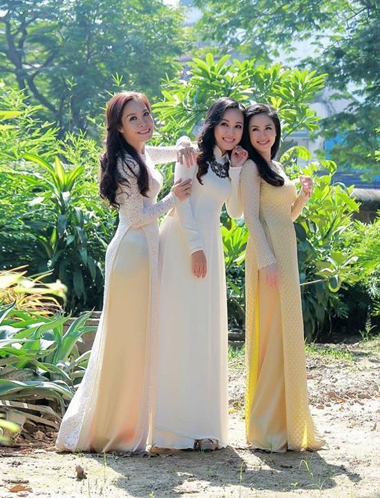 BTV Hoài Anh xinh đẹp trong nắng thu