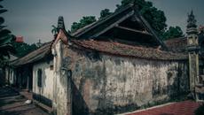 Cận cảnh căn nhà gỗ cổ hơn 300 năm tuổi có từ thời Lê ở Hà Nội