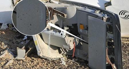 Hình ảnh mảnh vỡ máy bay Nga lỗ chỗ vết thủng