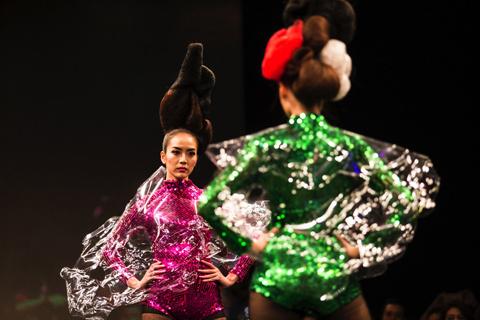 Thời trang tóc vietnamnet, mẫu tóc vietnamnet