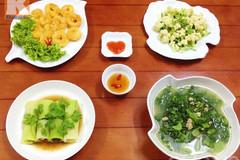Thưởng thức bữa cơm chiều hấp dẫn