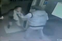 10 clip 'nóng': Quấy rối thiếu phụ bị chồng 'đầu gấu' đánh túi bụi